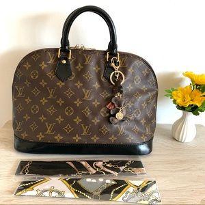 Authentic Louis Vuitton Alma Pm bag ❤️❤️